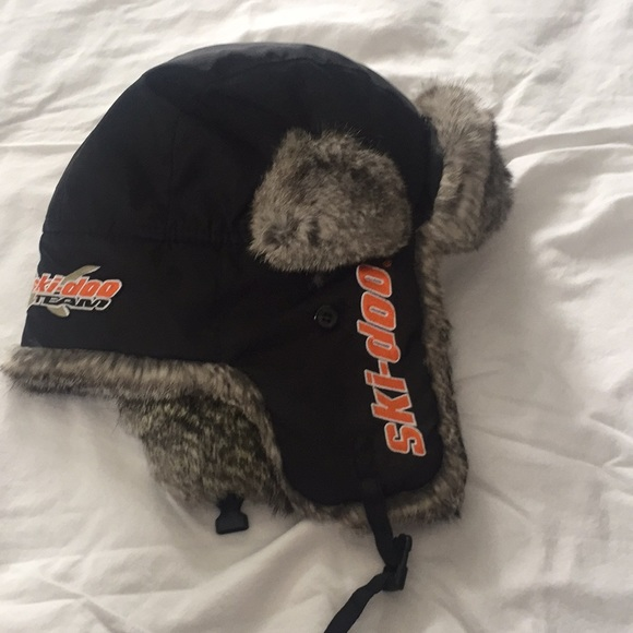 eb08fed0afe40 Accessories - Men s ski-doo Eskimo hat